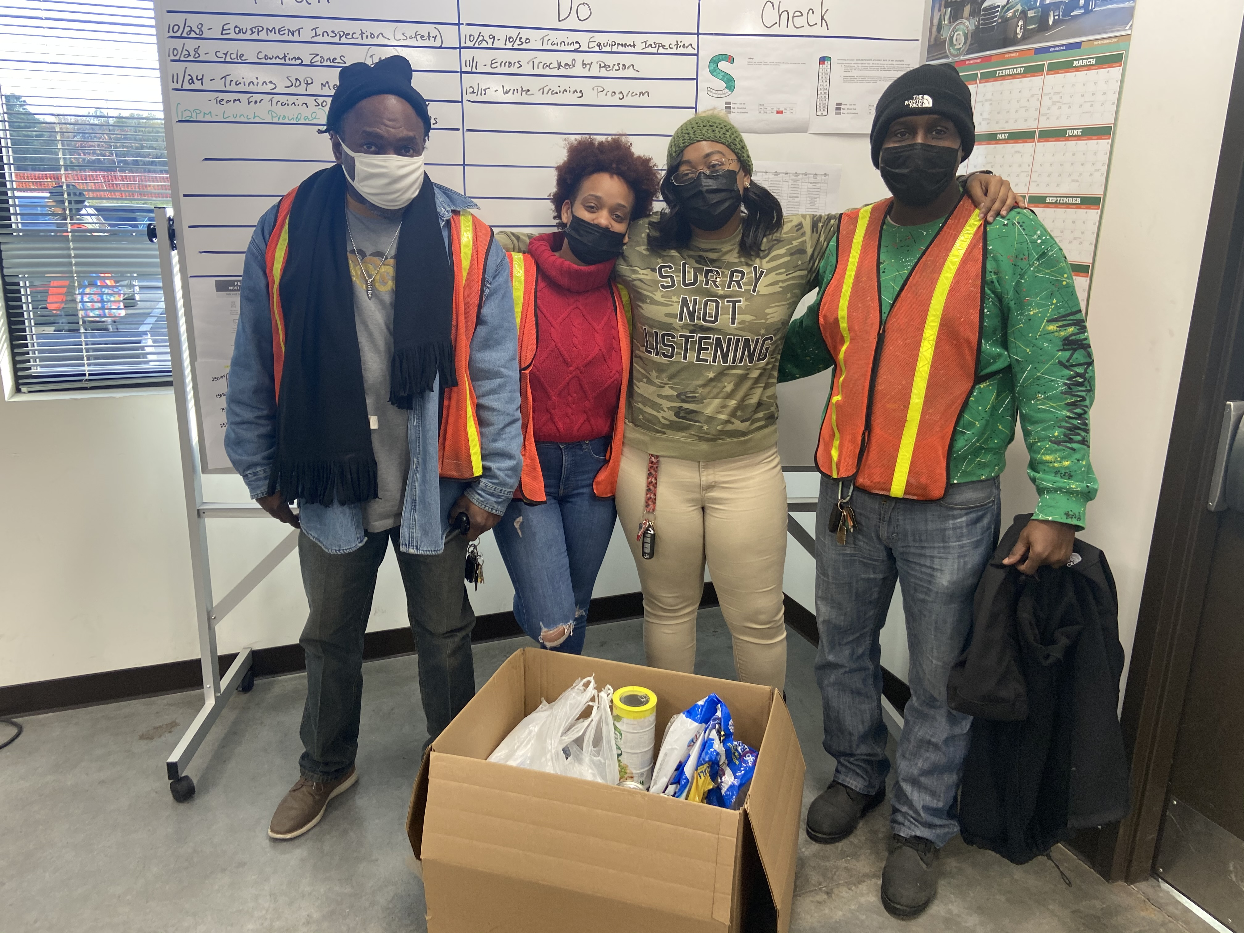Richmond associates collect canned goods
